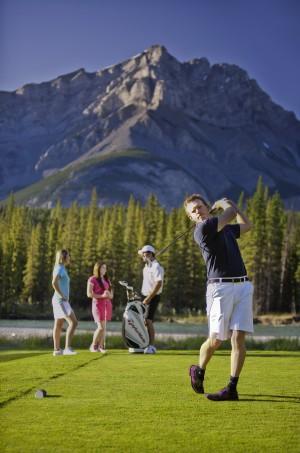 Banff_Golf_(c)CanadianTourismCommission_p120001_035rr