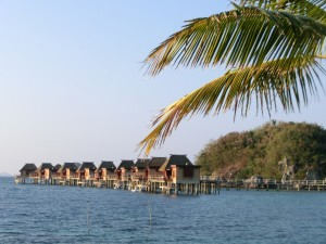 Fiji_Overwater_Bungalows_BFS_Karawane