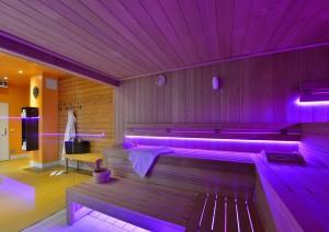 Finnische_Sauna_TheMonarchHotel-300x212 Gesund saunieren in Bad Gögging