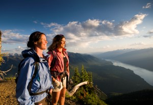 Wandern_in_BC_TravelAlberta_DestinationBC