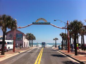 FlaglerAvenue-300x224 New Smyrna Beach feiert in Florida sein großes Jubiläum