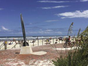 FlaglerAvenue_Beach-300x225 New Smyrna Beach feiert in Florida sein großes Jubiläum