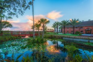 Spring-Bridge-Ulele-Waterworks-Park-300x200 Food-Halls, Craft Whiskey und Eiscreme in Tampa Bay